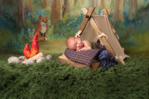 dallas newborn photographer creates camping themed setup to showcase this family's love of camping