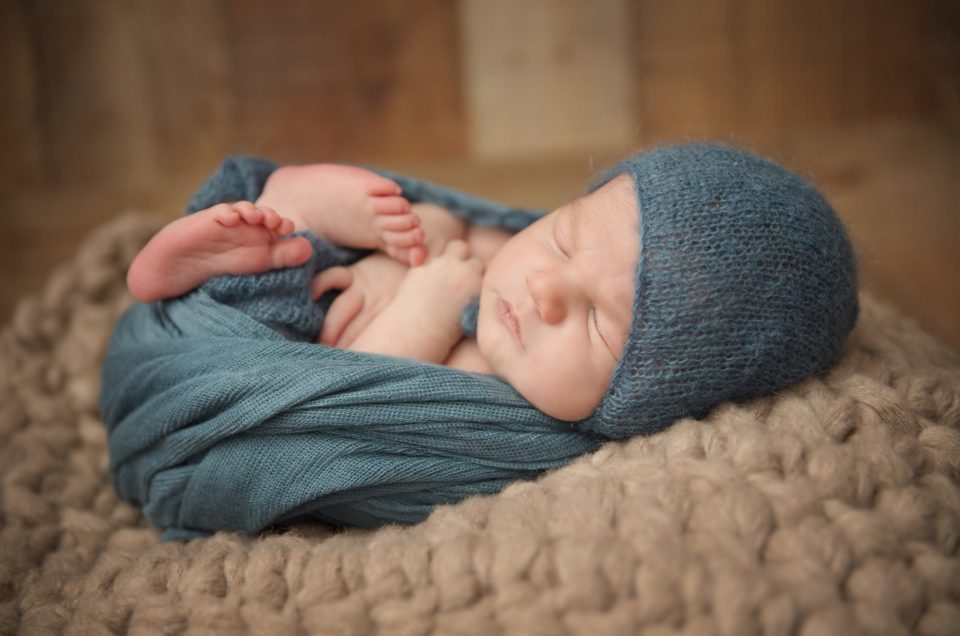 How to Choose the Best Newborn Photographer for You