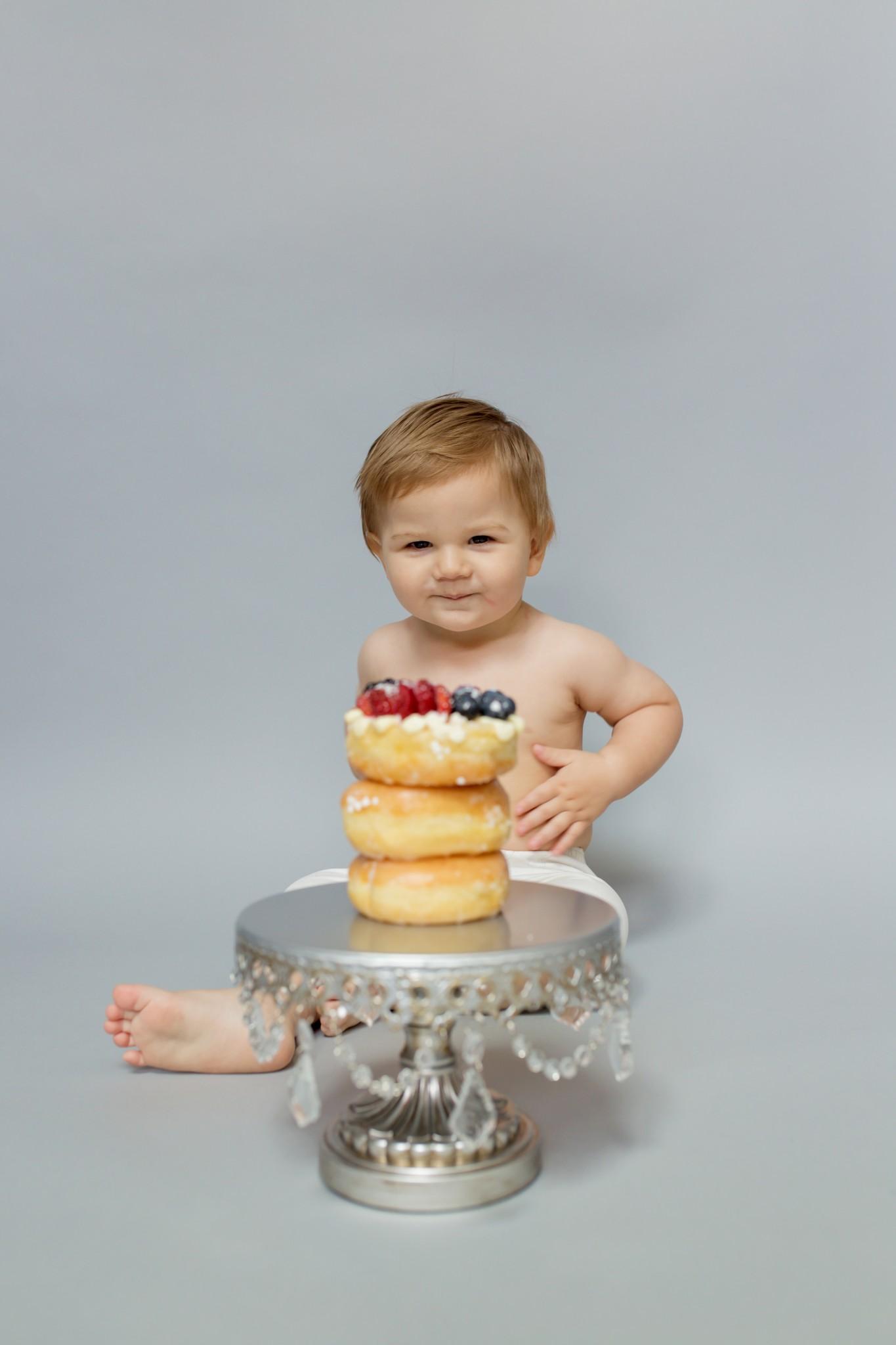 Dallas Donut Cake Smash