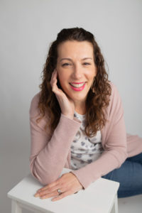 Mary Cantwell pictured in her headshot. She is an award winning international sleep consultant.