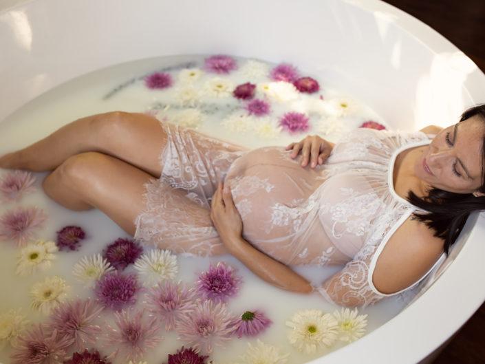 White Cold Shoulder Lace Milk Bath Gown
