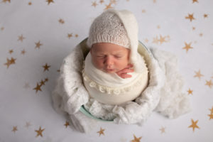 dallas newborn photographer incorporates star motif in baby photography session for nursery