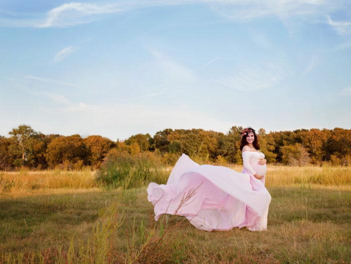 Pink long-sleeved train toss dress